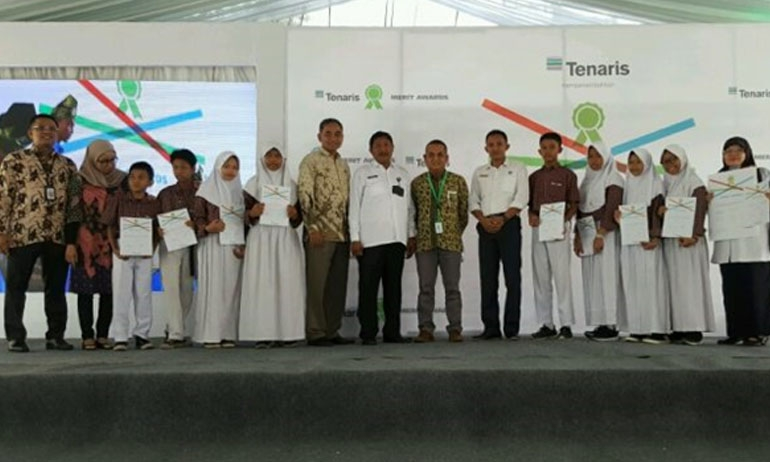 Hundreds of Outstanding Students in Cilegon Earn Scholarships from Tenaris