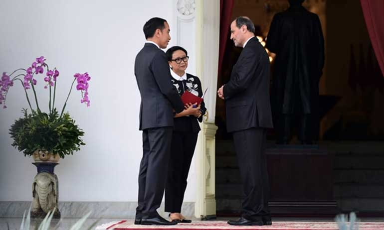 New Foreign Envoys Submit Letters of Credentials, Discuss Economy with Jokowi