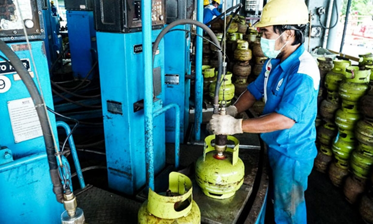 Indonesia to mix coal-based DME, LPG as cooking gas to reduce imports